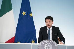 Presidente del consiglio Giuseppe Conte, in conferenza stampa.